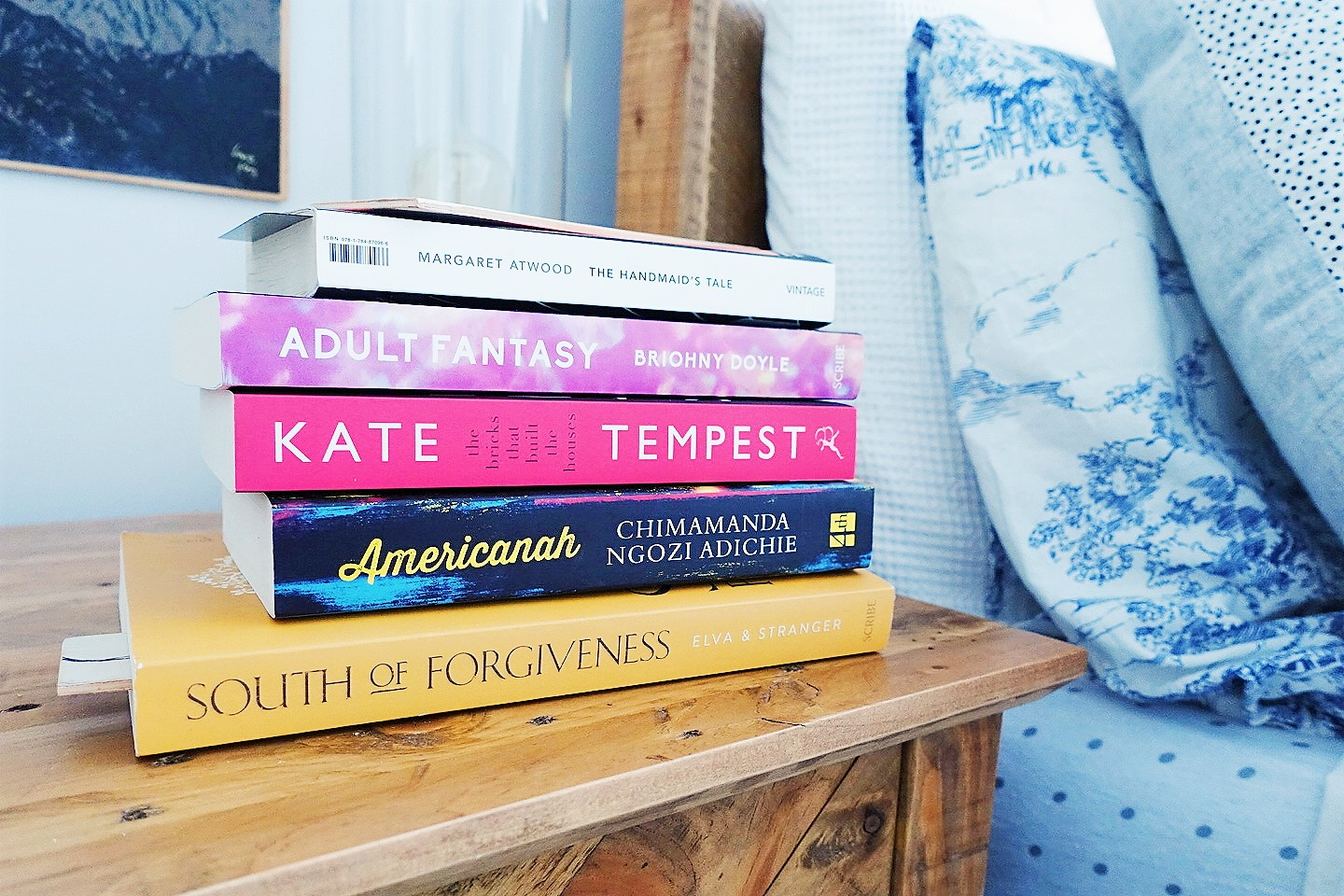 book stack lillytales